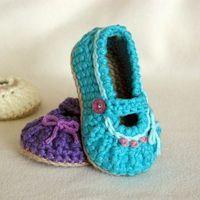 baby girl shoe crochet pattern baby bootie @ Juxtapost.com