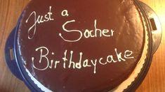 Lafers Sachertorte Rezept - [ESSEN UND TRINKEN] Tasty Bakery, Birthday Cake, Desserts, Food, Whipped Cream, Food And Drinks, Bakken, Essen, Postres
