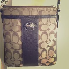 coach satchel gently used! Coach Bags Crossbody Bags