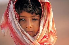 Portrait of a bedouin boy in Oman,by Michael Martin. BRABBU loves when the power of colours and lighting add so much to a picture. Dinah Manoff, We Are The World, People Around The World, We The People, Elizabeth Mcgovern, Donald Sutherland, Mary Tyler Moore, Robert Redford, Michael Martin
