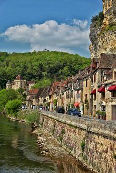 La Roque Gageac ~ Dordogne ~ France