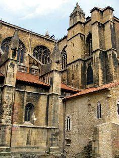 Catedral  de Oviedo, Asturias, España www.tektonministries.org #tekton #catholic pilgrimage