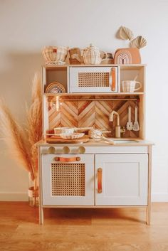 We really wanted to get a Rowie a boho kitchen for her birthday. After a lot of searching we decided hacking the Ikea one was the only way… Ikea Kids Kitchen, Diy Play Kitchen, Boho Kitchen, Baby Playroom, Ikea Toys, Kids Decor, Home Decor, Kids Furniture, Kids Bedroom
