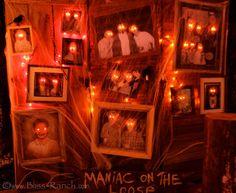 Haunted Glowing Eye Portraits - so fun for Halloween!