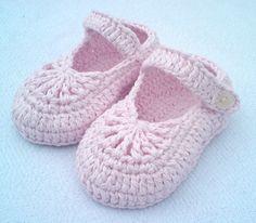 Instant Download Crochet Pattern pdf file  YARA simple baby