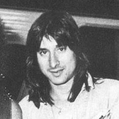 Steve Perry  Love his voice!