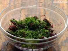 beetroot and dill salad recipe Vegetarian Salad Recipes, Healthy Salads, Vegan Recipes, Red Beets, Dill Salad Recipe, Carrots Healthy, Dill Recipes, Fresh Lemon Juice, Vegane Rezepte