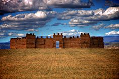 They make hay forts!