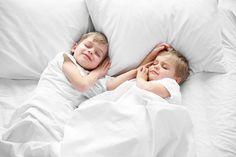 Kinder sind Gesellschaftsschläfer: Das Geschwisterbett