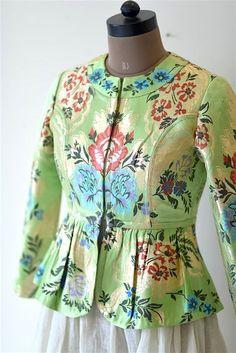 Dress silk pattern indian 34 New Ideas Sari Blouse Designs, Choli Designs, Designer Blouse Patterns, Fancy Blouse Designs, Kurta Designs, Stylish Blouse Design, Indian Couture, Mode Hijab, Indian Designer Wear