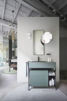 Cielo in Paris Among Quotations of the Fifties Bathroom Sink Cabinets, Bathroom Toilets, Bathroom Furniture, Contemporary Interior Design, Bathroom Interior Design, Casa Milano, Decor Inspiration, Suites, Deco Design