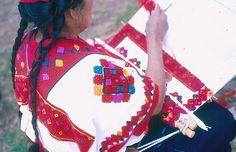 Maya Weaver Chiapas Mexico by Teyacapan, via Flickr