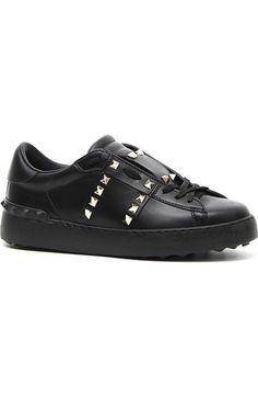 Sneakers Rockstud Untitled 11. Lace Up Sneakers With Maxi Metal Studs, Black