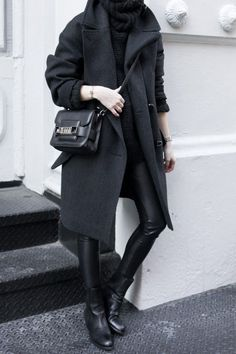 Love an all black look!