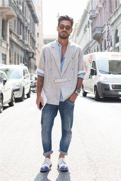 Saturday gent. Amazing blazer! Look incroyablement parfait!! Love CASUAL!!!!! #urbangent