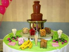 big chocolate fountain, ενοικίαση μεγάλο συντριβάνι σοκολάτας σε γάμο, βάπτιση, βάφτιση, παιδικό πάρτυ, παρτυ ενηλίκων, εταιρική εκδήλωση, βέλγικη σοκολάτα γάλακτος