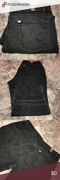 Aura by Wrangler Black bootcut jeans SZ 18R/SHT These are A's Treat forward. Black jeans. Simple detailing on the pocket. Size 8 teen regular/short. See pictures for measurements Wrangler Jeans Boot Cut