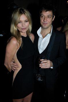 """Le mannequin portait une robe Stella McCartney automne-hiver 2012-2013 lors de la présentation """"Evening collection"""" à Londres."""