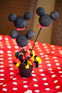 Mickey mouse birthday centerpiece decor- DIY spray painted foam balls, stuck together with tooth picks, wood stick, and placed in flower pot with balloons Theme Mickey, Fiesta Mickey Mouse, Mickey Mouse Baby Shower, Mickey Mouse Clubhouse Party, Mickey Mouse Clubhouse Birthday, Mickey Mouse Parties, Mickey Party, Mickey Mouse Birthday, Mickey Mouse Centerpiece