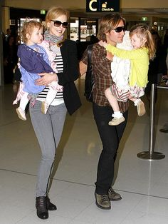 How do Nicole Kidman and Keith Urban keep a one year old and a 3 year old entertained and quiet on a 14 hour (at least) flight? And they fly back and forth ALL THE TIME. IDK how they do it