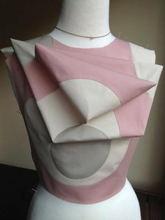 Origami folding inspires Spring Summer 2015 fashion Shingo Sato manipulation sculptural triangle fashion