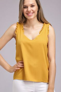 Stylish Dresses, Fashion Dresses, Casual College Outfits, Baby Dress Design, Kurti Neck Designs, Fancy Blouse Designs, Long Shirt Dress, Crop Top Outfits, Beautiful Blouses