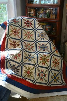 The Cuddle Quilter: Country Charmer is Quilted