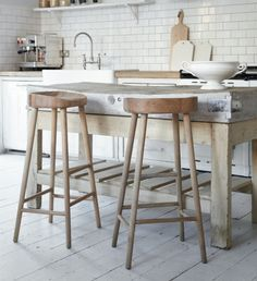 Oak Stool - contemporary - bar stools and counter stools - Cox & Cox New Kitchen, Kitchen Dining, Kitchen Decor, Kitchen Island, Rustic Kitchen, Natural Kitchen, Kitchen Size, Minimal Kitchen, Dining Room