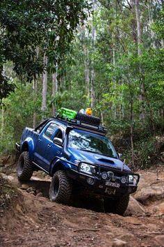 Are you one of those who loves jungle camping ? Toyota Hilux, Toyota 4x4, Toyota Trucks, Toyota Cars, Pickup Trucks, Ford Trucks, Toyota Fj Cruiser, Jeep Rubicon, Range Rovers