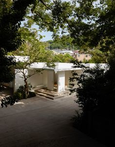 八島建築設計事務所 Yashima architect and associates   葉山町の家 / Hayama house