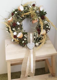 Easter Wreaths, Christmas Wreaths, Grapevine Wreath, Grape Vines, Diy Home Decor, Make It Yourself, Holiday Decor, Spring, Easter Decor