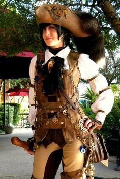 Steampunk costumes represent the period of time when society was steam-powered. Here is a gallery of amazing homemade Steampunk Costume Ideas for women, men, couples, families and kids. Viktorianischer Steampunk, Steampunk Design, Steampunk Costume, Steampunk Clothing, Steampunk Fashion, Steampunk Outfits, Viking Clothing, Charles Vane, Larp