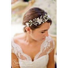 1000 images about couronnes de fleurs on pinterest mariage coiffures and flower crowns. Black Bedroom Furniture Sets. Home Design Ideas