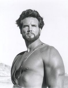 Steve Reeves as Hercules, 1958. Steve was asked to lose muscle mass for this role.