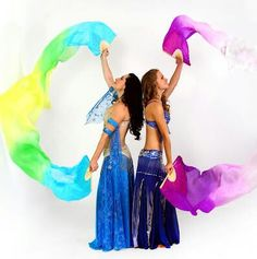 Silk fans and Belly Dance