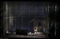 Rinoceronte, by E. Ionesco Stage director: Ernesto Caballero Set design: Paco Azorín Photo: Pedro CHamizo Centro Dramático Nacional