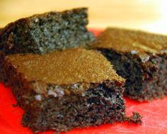 Paleo-fied chocolate cake: cocoa powder, almond flour, coconut oil ...