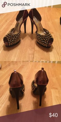 Steve Madden peep toe heels Steve Madden size 8.5 black with gold studs parts of them are bronze color. Never worn but don't have the box anymore Steve Madden Shoes Heels