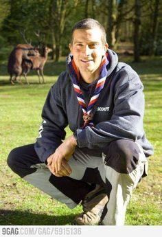 Scout neckerchiefs are the only unique element of the Scout uniform, I don't know of any other uniformed group that wears them other than Scouts. Bear Grylls, Nfl Photos, Funny Photos, Photo Bombs Funny, Photoshop Fails, Man Vs Wild, Caption Contest, Awkward Family Photos, Humor Grafico