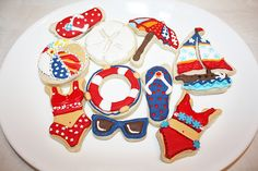 Summer Beach Cookies - The Art of the Cookie Summer Cookies, Easter Cookies, Fun Cookies, Decorated Cookies, Seashell Cookies, Button Cookies, Luau Party, Beach Party, Beautiful Desserts
