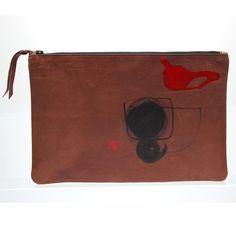 Stuidosbyj C&P Clutch  Art Brown mensover print leather clutch from STUDIOSBYJ  #Clutch #handprint #handmade  #leather #fashion #studiosbyj #streetfashion #shop #클러치 #가죽 #패션 #trend  #onlineshop  www.studiosbyj.com