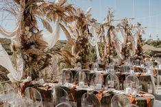 Open Air Restaurant, Rose Gold Engagement, Wedding Decorations, Weddings, Future, Food, Future Tense, Wedding, Essen