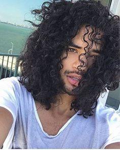 28 besten Männer lange lockige Haar Ideen, Natürliches lockiges Haar, Männer, lang, Locken