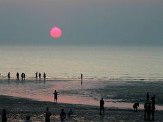 Sunset at Mindel Beach in Darwin, Australia. One of 12 top beaches in Oz. See the rest here: Darwin Australia, Visit Australia, Australia Travel, Australia Beach, Places To Travel, Places To See, Travel Destinations, Travel Tips, Winter Holiday Destinations