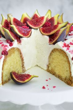 Great British Bake Off: Cake Week - Great British Chefs Bon Dessert, Dessert Cake Recipes, Great British Chefs, Great British Bake Off, Strawberry Cream Cakes, Dinner Party Desserts, Cake Show, Naked Cakes, Austrian Recipes