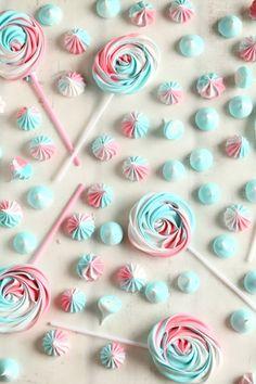 Sveitsiläinen marenki ja marengit ilman uunia - Suklaapossu Meringue, Sweet Treats, Sweets, Baking, Cake, Desserts, Recipes, Food Ideas, Merengue