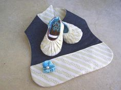 Baby Bib with Pocket | Craftsy
