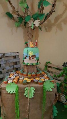 Torta di compleanno per Leone. Tema safari