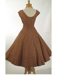 Vestido de longitud de té oscilación princesa Style Mocha del cordón de la vendimia de 1950 de los vestidos-50 - Blue Velvet Vintage