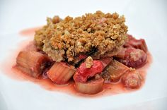 Summa Summa Summertime. Strawberry Rhubarb crisp